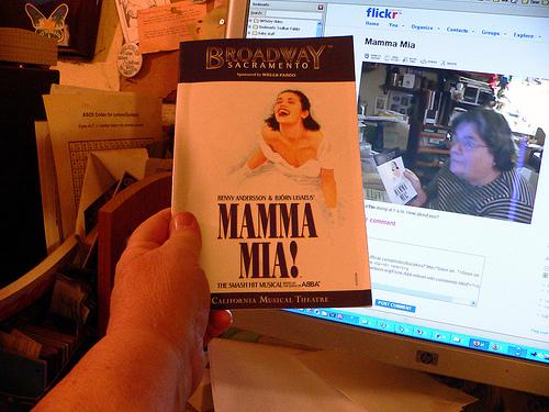 MammaMia.jpg (186289 bytes)