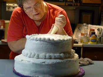 cakestart.jpg (47457 bytes)