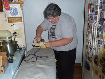 Ironing.jpg (67230 bytes)