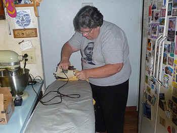 Ironing.jpg (67230 bytes)