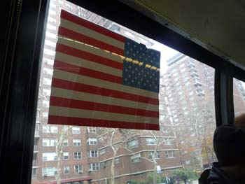 NYflag.jpg (39476 bytes)