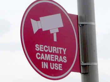 T_Camera.jpg (51414 bytes)