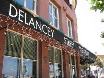 Delancey.jpg (46702 bytes)