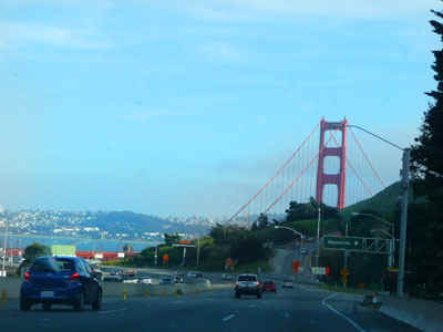 GGBridge415.jpg (41693 bytes)