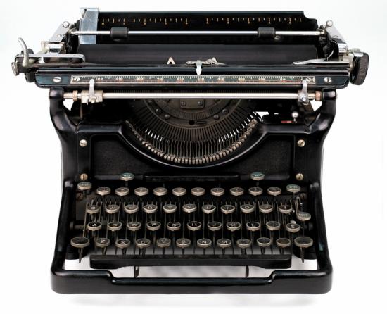 typewriter2.PNG (417374 bytes)