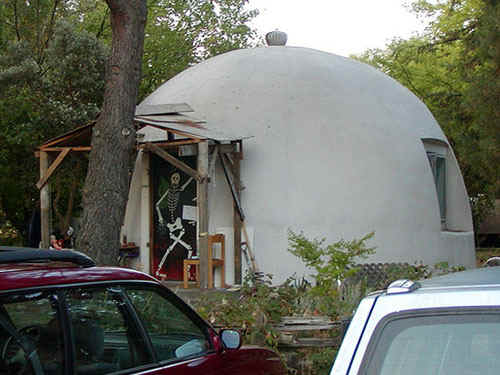 Domes.jpg (78240 bytes)