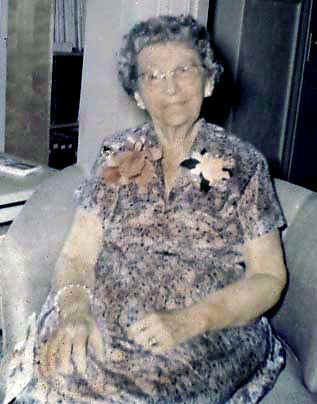 Grandma.jpg (42643 bytes)