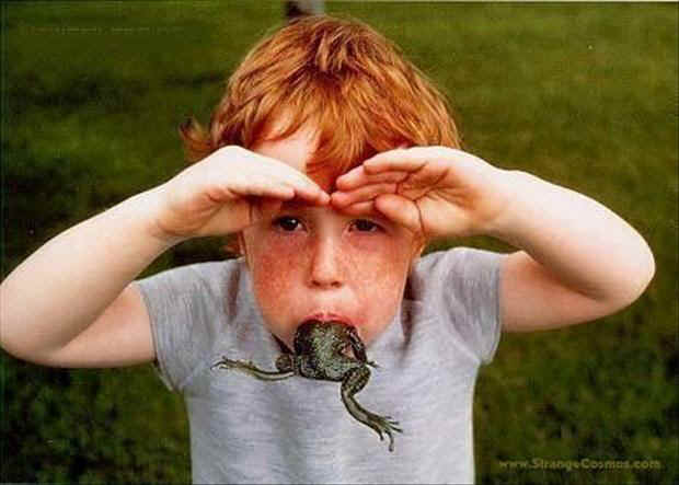 boy-eating-a-frog.jpg (40308 bytes)