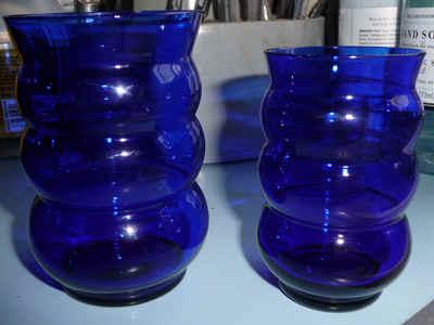 blueglass.jpg (70497 bytes)